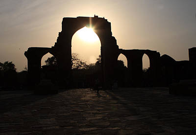 Photograph - Qutab Minar Ruins At Sunset by Aidan Moran