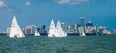 Photograph - Racing Past Miami by David Smith