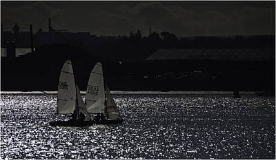 Contre-jour Photograph - Racing The Medway by Nigel Jones