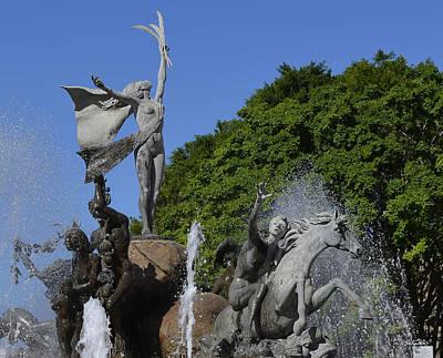 Photograph - Raices Fountain by Shanna Hyatt