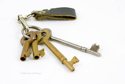 Photograph - Railroad Keys by Richard J Thompson