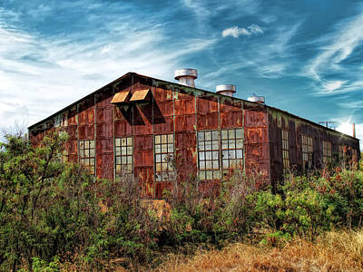Photograph - Railyard Building 16 by Dawn Eshelman