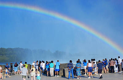 Photograph - Rainbow At Niagara Falls by Bob Pardue