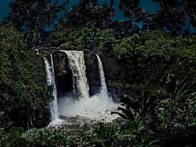 Photograph - Rainbow Falls by Randy Sylvia