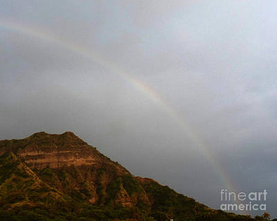 Trunks Photograph - Rainbow Over Diamond Head by Deborah Smolinske