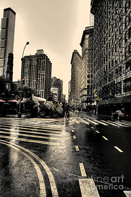 Photograph - Raining On Flatiron by David Bearden