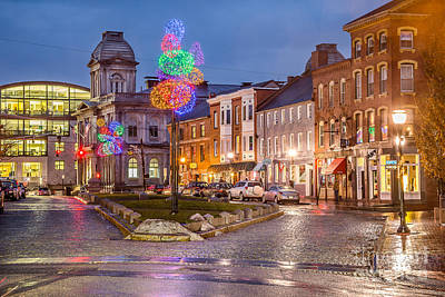 Christmas Holiday Scenery Photograph - Boothby Square Holidays by Benjamin Williamson