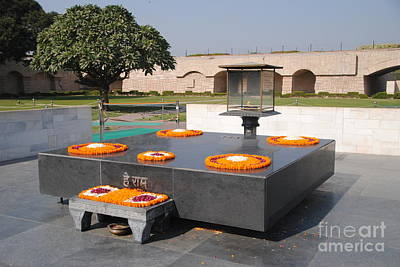Photograph - Raj Ghat Full View by Jacqueline M Lewis