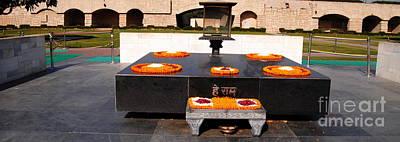 Photograph - Raj Ghat Gandhi Memorial by Jacqueline M Lewis