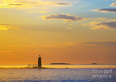 Maine Shore Photograph - Ram Island Lighthouse Casco Bay Maine by Diane Diederich