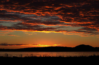Photograph - Rathtrevor Sunrise by Randy Hall
