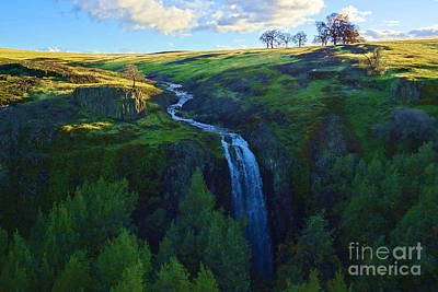 Table Mountain Photograph - Ravine Falls 2 by Joshua Greeson
