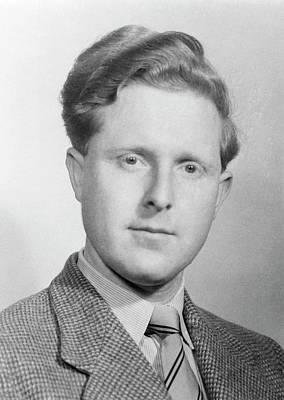 Gosling Photograph - Raymond Gosling by King's College London Archives