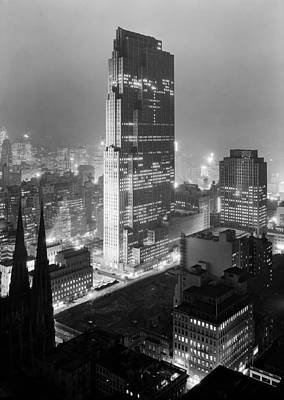 Rca Building And Rockefeller Center - Nyc 1933 Print by Mountain Dreams