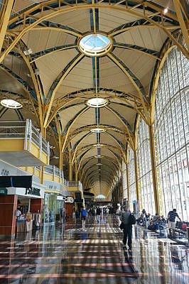 Art Print featuring the photograph Reagan National Airport by Suzanne Stout