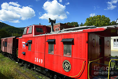 Old Caboose Photograph - Really Red Caboose by Thomas R Fletcher