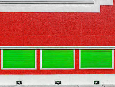 Photograph - Red And Green Wall by Frank J Benz