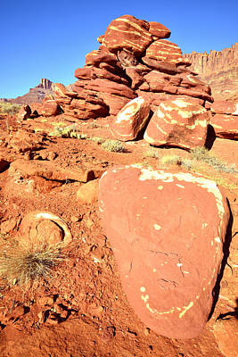 Photograph - Red And White Rocks by Ray Mathis