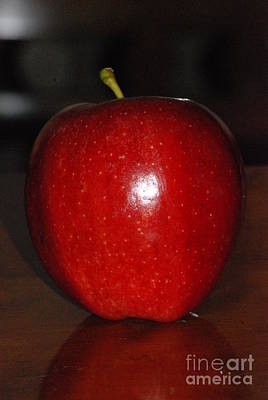 Photograph - Red Apple by Mark McReynolds