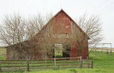 Photograph - Red Barn 014 by Kathy Cornett