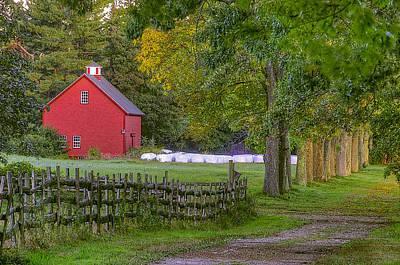 Red Barn At Appleton Art Print by David Stone