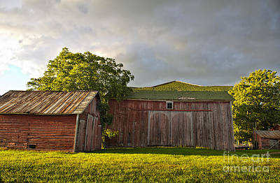Photograph - Red Barn At Dusk by David Arment