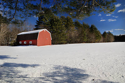 Red Barn In Hollis Print by Lee Fortier