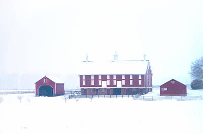 Red Barn On A Snowy Day - Gettysburg Art Print by Bill Cannon