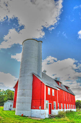 Photograph - Red Barn by Patti Raine