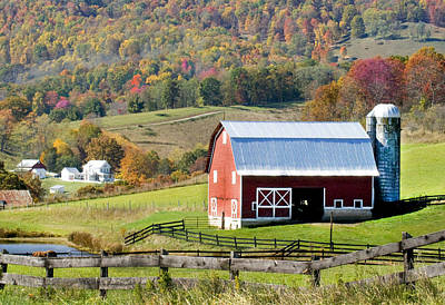 Photograph - Red Barn by Robert Camp