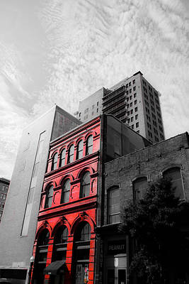 San Fransisco Photograph - Red Building by Shelby  Young