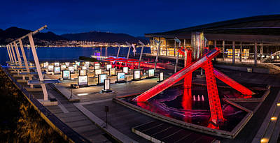 North Vancouver Photograph - Red Bull Illume by Alexis Birkill