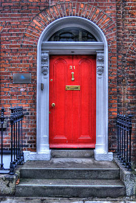 Mailbox Photograph - Red Door Dublin Ireland by Juli Scalzi