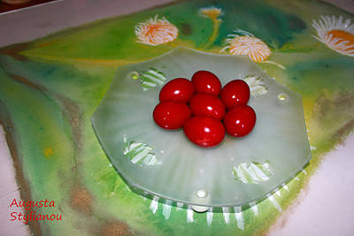Photograph - Red Eggs And Daisies by Augusta Stylianou