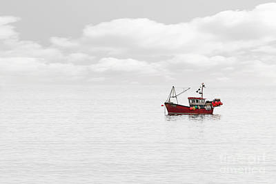 Single Edition Photograph - Red Fishing Trawler by Richard Thomas