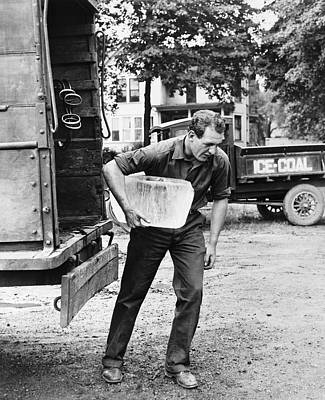 Photograph - Red Grange Carrying Ice by Underwood Archives