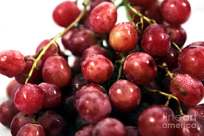 Photograph - Red Grapes by John Rizzuto