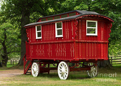 Gypsy Wagon Photograph - Red Gypsy Wagon by Iris Richardson