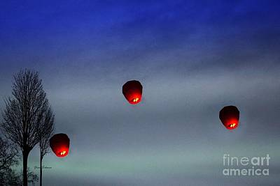 Red Lanterns In Sky Original by Yumi Johnson