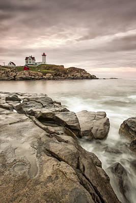 Nubble Photograph - Red Light by Jon Glaser