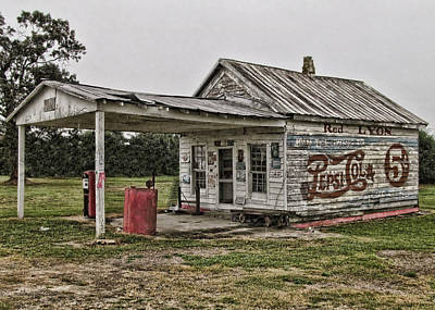 Red Lyon Country Store Art Print by Victor Montgomery