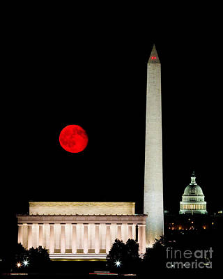Photograph - Red Moon Over Monuments by Dale Nelson