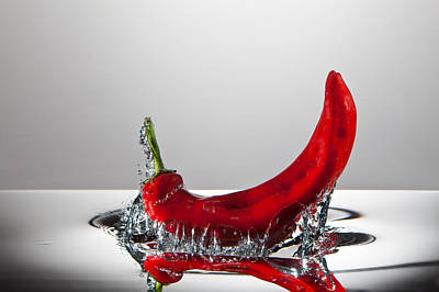 High Speed Photograph - Red Pepper Freshsplash by Steve Gadomski