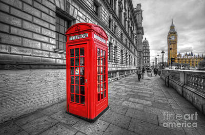 Photograph - Red Phone Box And Big Ben by Yhun Suarez