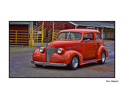 Photograph - Red Rod by Ron Roberts