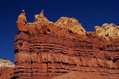 Photograph - Red Sandstone by Robert Lozen