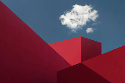 Cube Photograph - Red Shapes by Hugo Borges