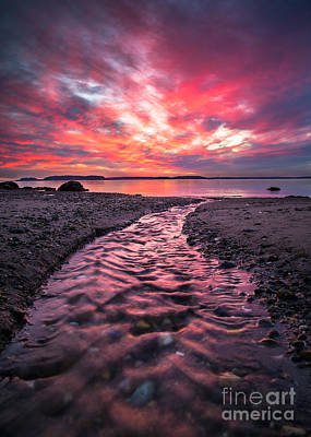 Maine Landscape Photograph - Red Sky by Benjamin Williamson