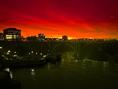 Red Skys Photograph - Red Sky Spokane by Daniel Hagerman