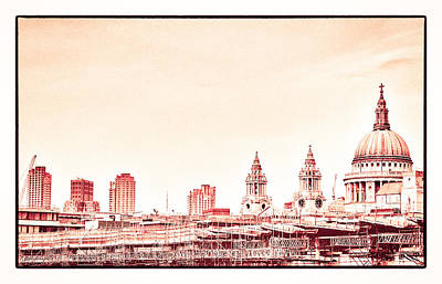 Photograph - Red St Pauls by Lenny Carter